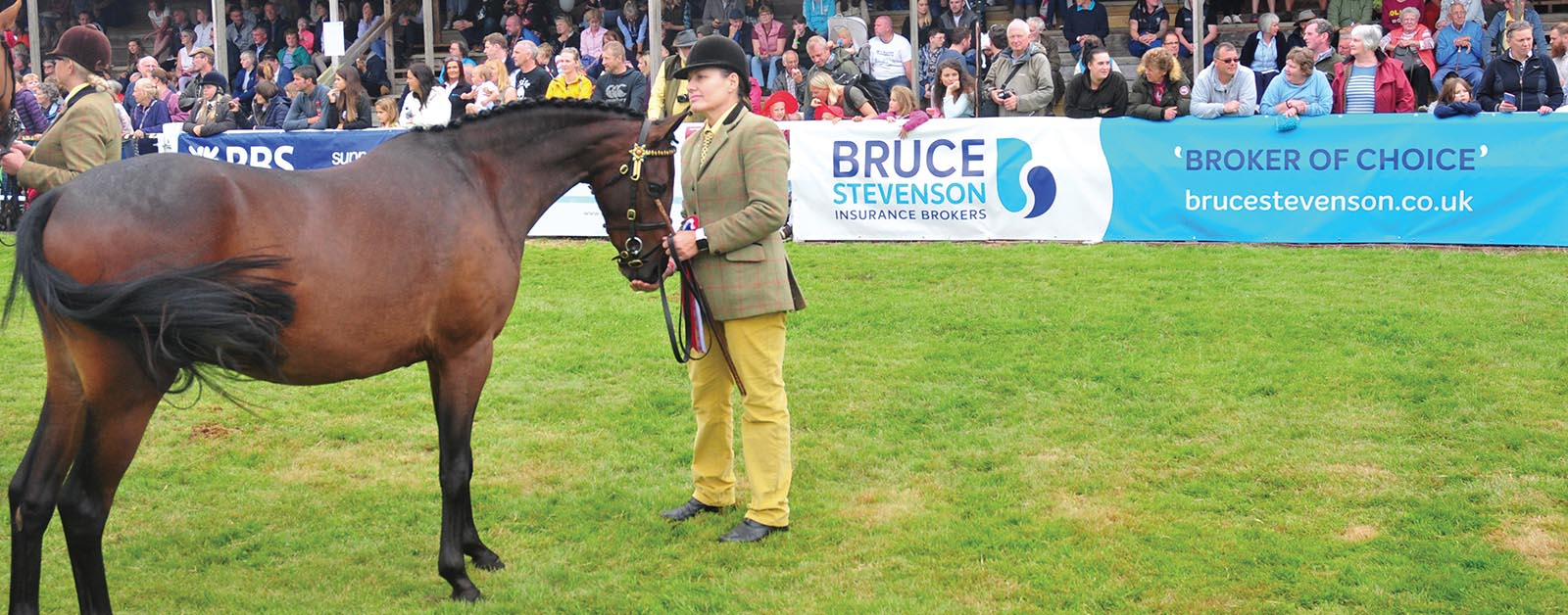 Show Must Go On - Ian Bremner on Turriff Show